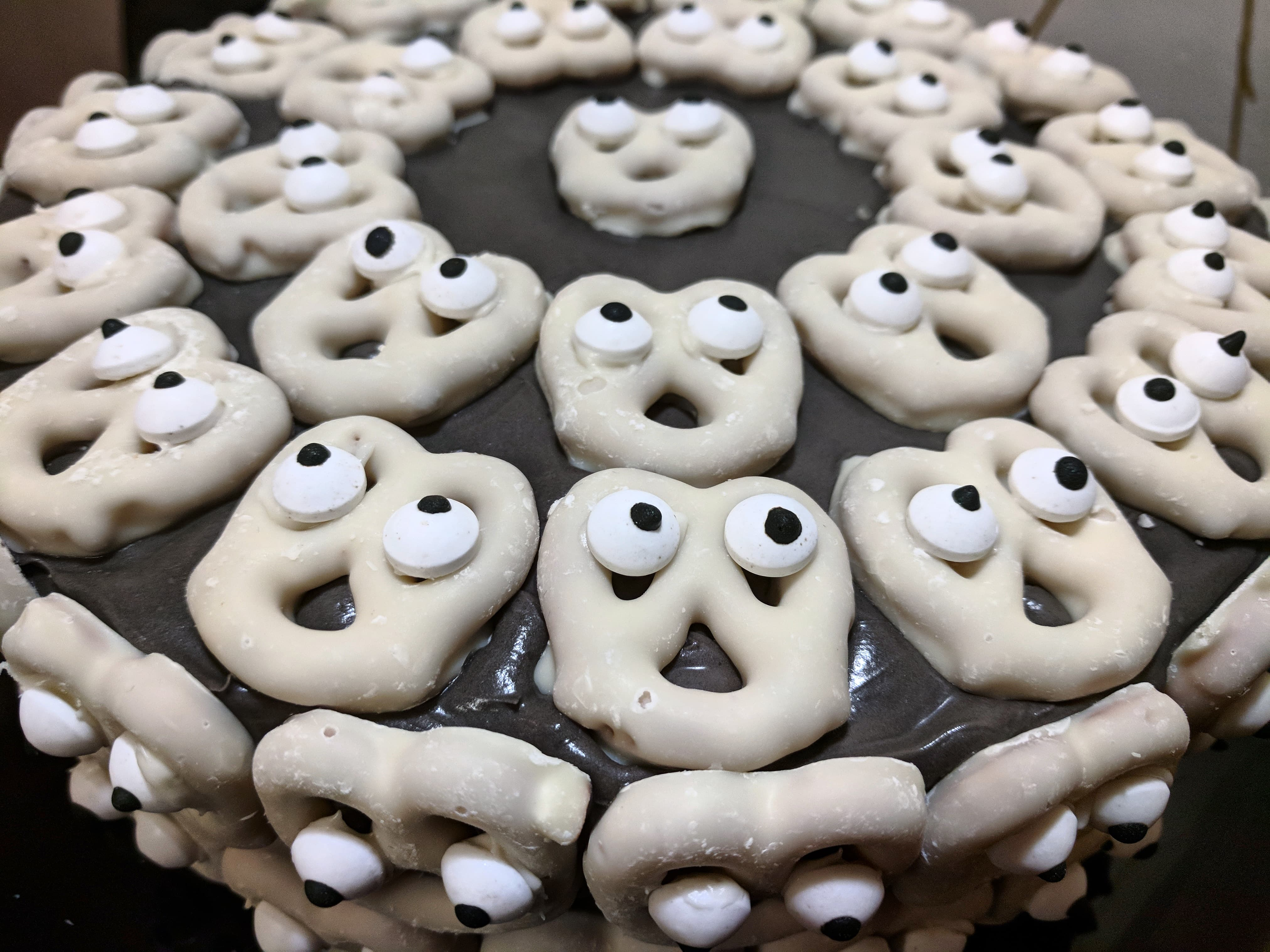ghost-cake.jpg